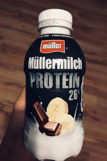 Mullermilch-protein-czekoladowo-bananowy